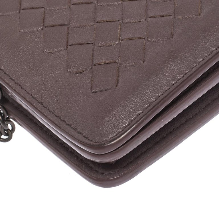Bottega Veneta Pale Purple Intrecciato Leather Flap Chain Clutch For Sale 2