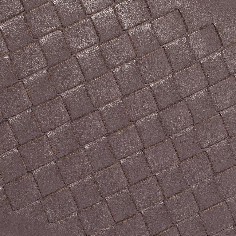 Bottega Veneta Pale Purple Intrecciato Leather Flap Chain Clutch For Sale 3