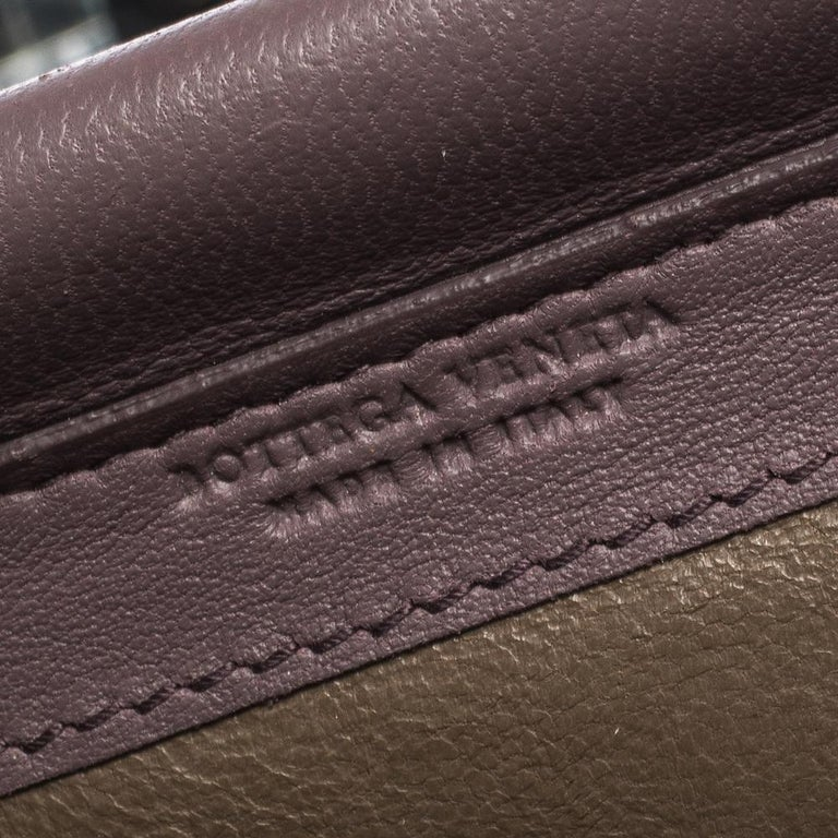 Bottega Veneta Pale Purple Intrecciato Leather Flap Chain Clutch For Sale 4