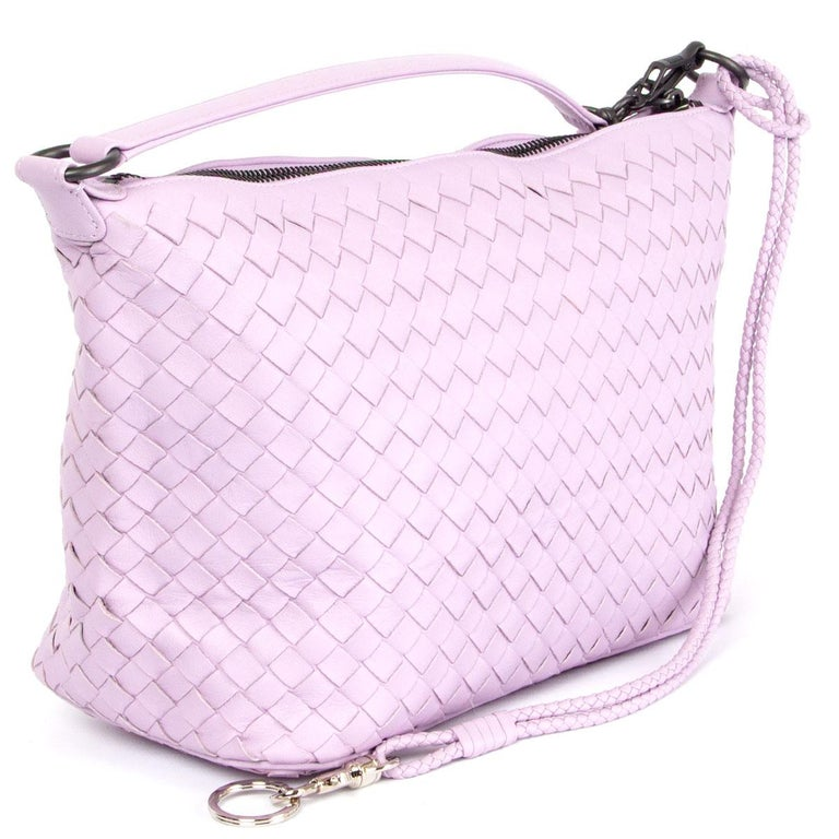 100% authentic Bottega Veneta Intrecciato Small hobo bag in lilac nappy leather. Opens with a zipper on top and is lined in taupe suede. Comes with a detachable braided key-chain. Has been carried and is in virtually new condition.