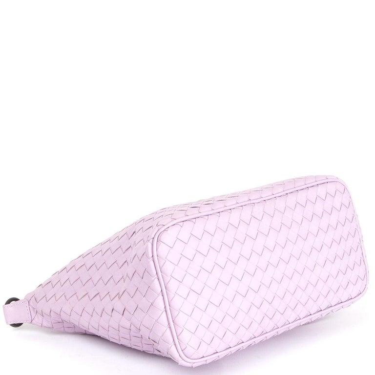 BOTTEGA VENETA pink woven leather INTRECCIATO SMALL HOBO Shoulder Bag In Excellent Condition For Sale In Zürich, CH