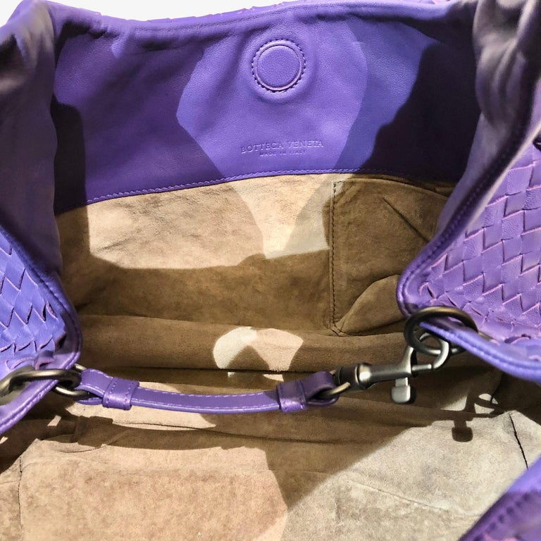 Bottega Veneta Purple Intrecciato Leather Hobo Bag For Sale 1