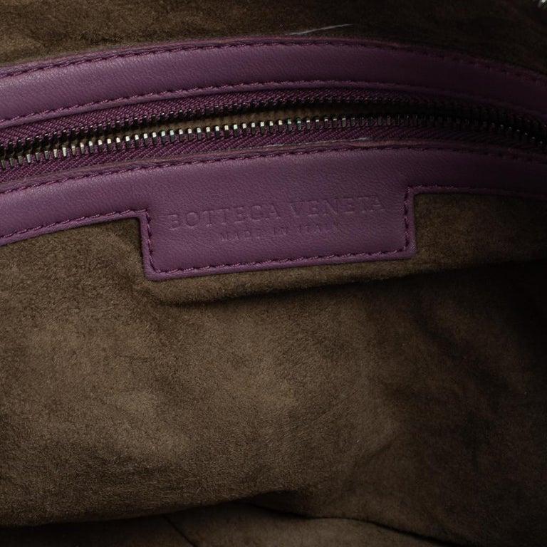 Bottega Veneta Purple Intrecciato Leather Nodini Crossbody Bag For Sale 6