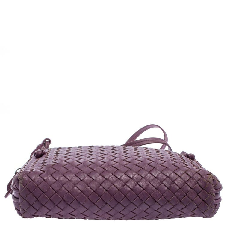Women's Bottega Veneta Purple Intrecciato Leather Nodini Crossbody Bag For Sale
