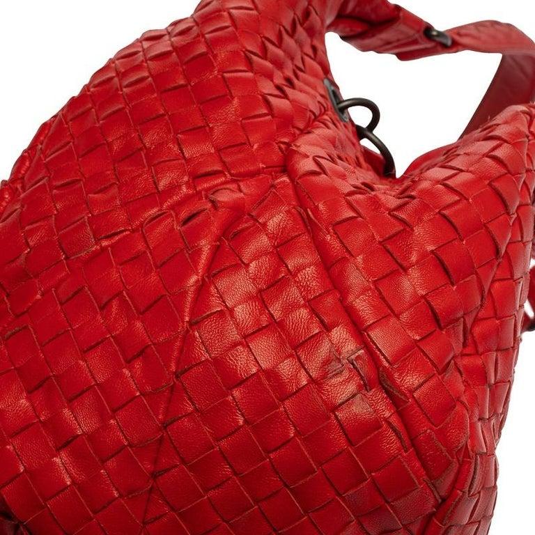 Bottega Veneta Red Leather Intrecciato Campana Hobo For Sale 6