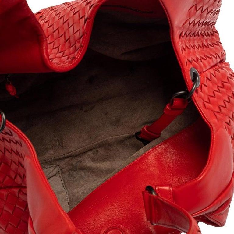 Bottega Veneta Red Leather Intrecciato Campana Hobo For Sale 9