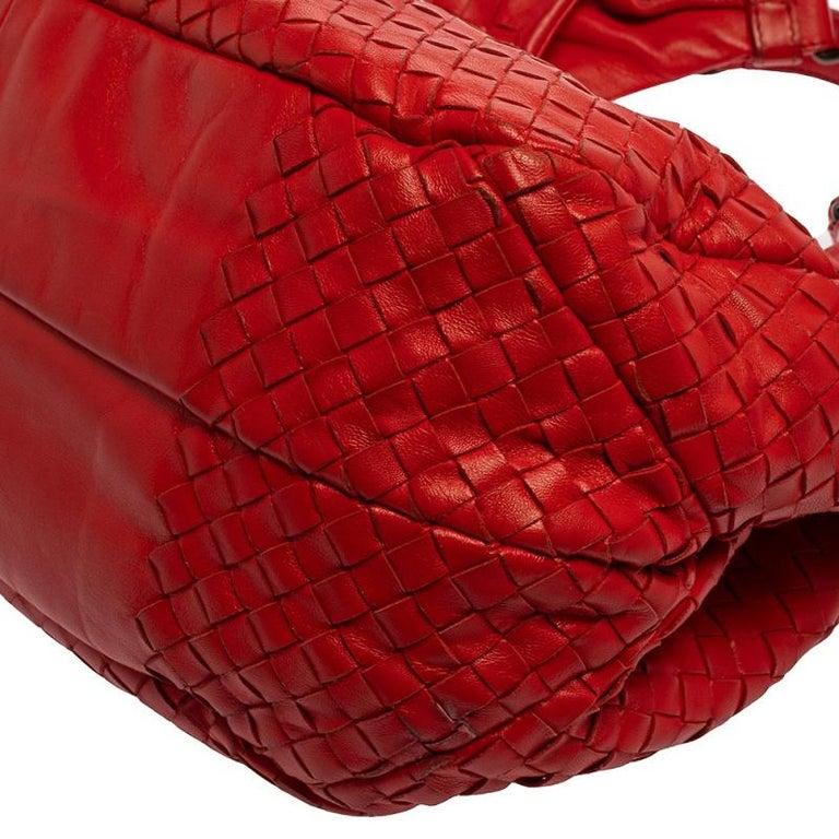 Bottega Veneta Red Leather Intrecciato Campana Hobo For Sale 4