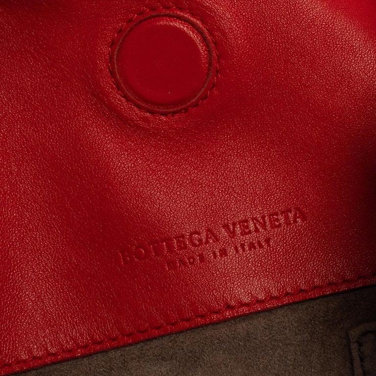 Bottega Veneta Red Leather Intrecciato Campana Hobo For Sale 5