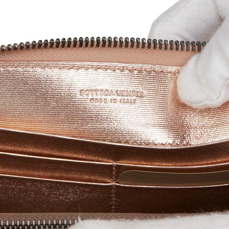 Bottega Veneta Rose Gold Woven Metallic Calfskin Leather Zip Around Wallet For Sale 3
