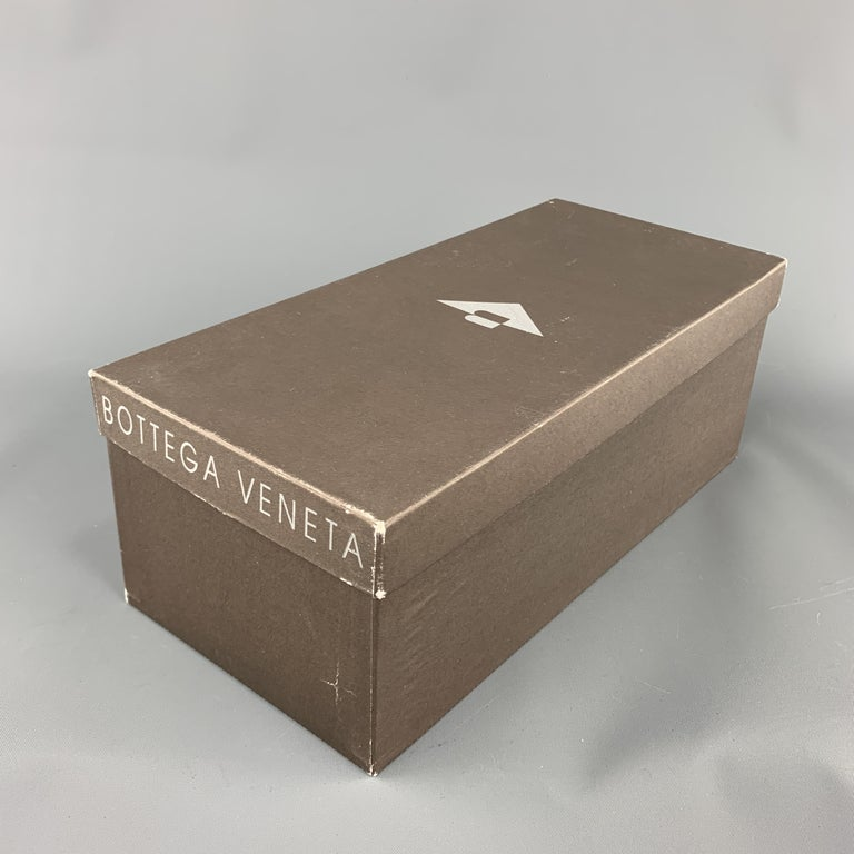 BOTTEGA VENETA Size 7.5 Navy Blue Black Beaded Canvas Strap Brown Leather Sandal For Sale 4