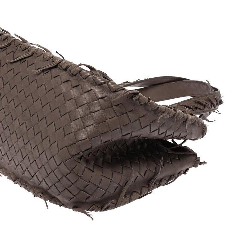 Bottega Veneta Taupe Intrecciato Leather Fringe Satchel For Sale 3