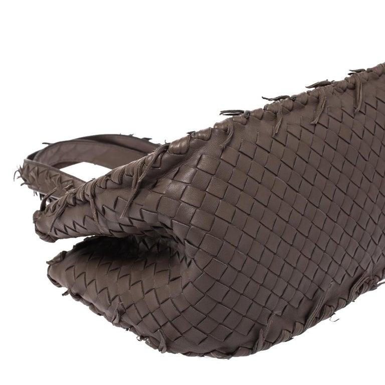 Bottega Veneta Taupe Intrecciato Leather Fringe Satchel For Sale 4