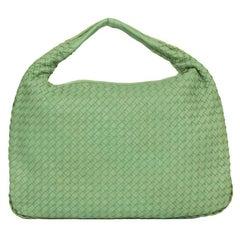BOTTEGA VENETA Veneta Shoulder bag in Green Leather