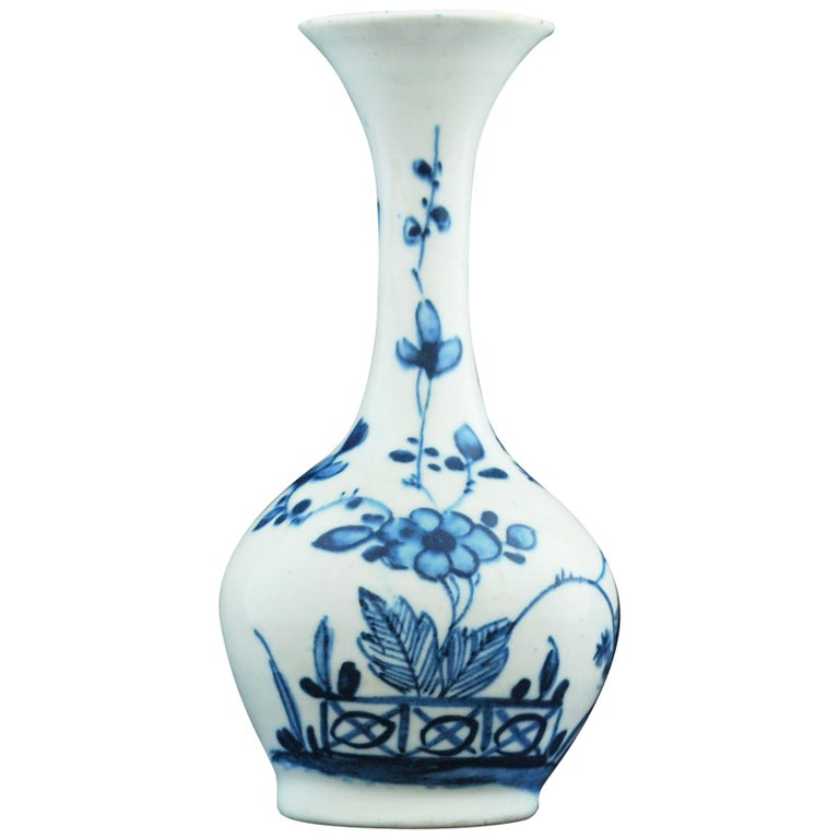 Bottle Vase, Bow Porcelain Factory, circa 1747 For Sale