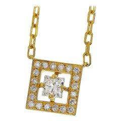 Boucheron 18 Karat Yellow Gold Diamond Dangerous Beauty AVA Pendant Necklace
