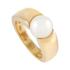 Boucheron 18k Yellow Gold Pearl Ring