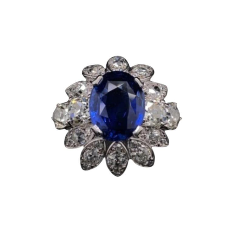 Boucheron 4.90 Carat Sapphire and Diamond Cluster Ring Platinum, Circa 1950