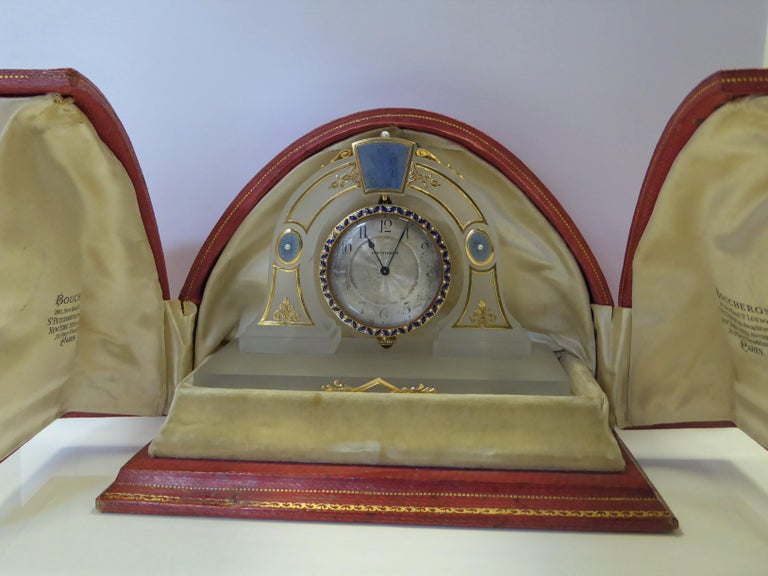 Boucheron Art Deco Rock Crystal, Yellow Gold, Pearl, Enamel Desk Clock in Box In Fair Condition For Sale In London, GB