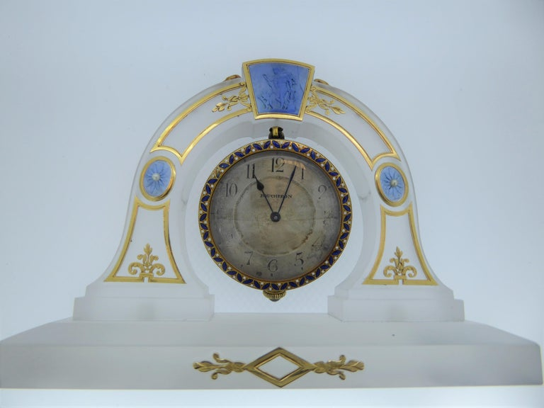 Boucheron Art Deco Rock Crystal, Yellow Gold, Pearl, Enamel Desk Clock in Box For Sale 1