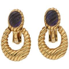 Boucheron Carved Purple Iolite Hoop Drop Earrings Set in 18 Karat Yellow Gold