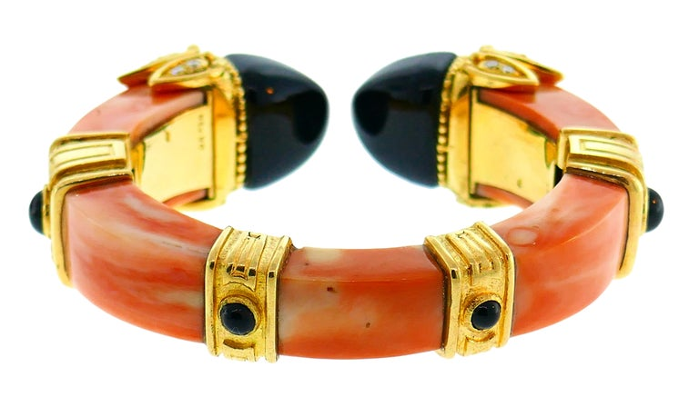 Women's Boucheron Coral Gold Bangle Bracelet Ring Earrings Set, 1970s For Sale
