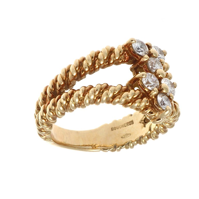 Round Cut Boucheron Diamond Gold Ring For Sale