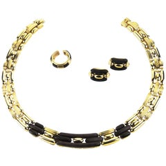 Boucheron French Retro Designer 18 Karat Gold and Wood Set Necklace Earring Ring
