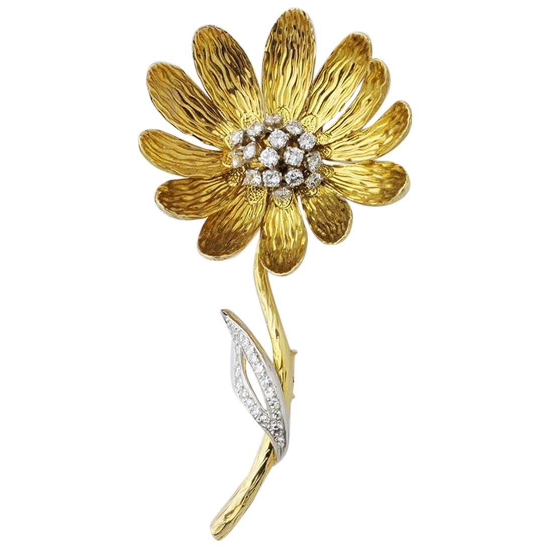 Boucheron Gold and Diamond Daisy Brooch Pin