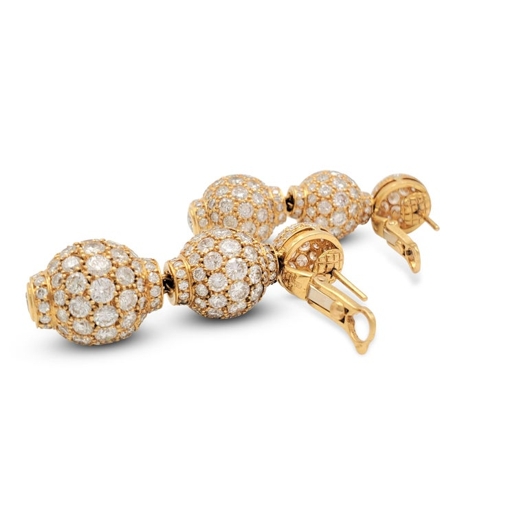 Women's Boucheron Gold and Diamond Three-Station Drop Earrings For Sale