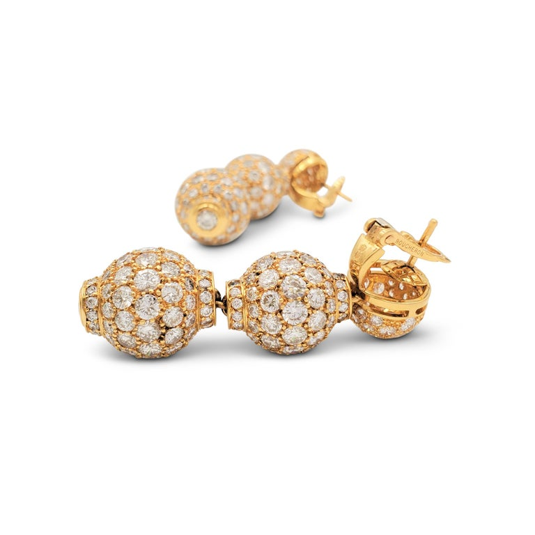 Boucheron Gold and Diamond Three-Station Drop Earrings For Sale 3