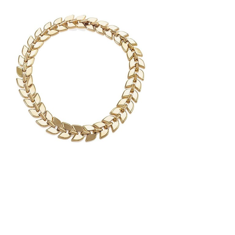 Boucheron Gold Convertible Necklace In Excellent Condition For Sale In New York, NY