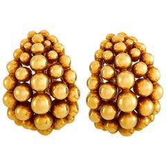 Boucheron Grains de Raisin 18 Karat Yellow Gold Earrings