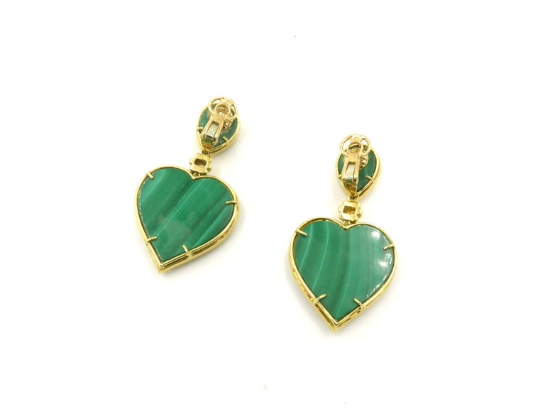Boucheron Malachite Gold Heart Shaped Earrings In Excellent Condition In New York, NY