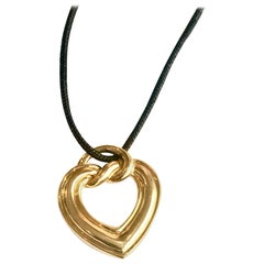 Boucheron Paris 18 Karat Yellow Gold Heart Necklace Pendant