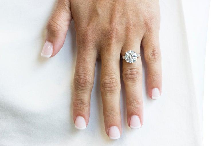 Boucheron Paris 4.76 Carat GIA Certified Round Brilliant Engagement Ring 3
