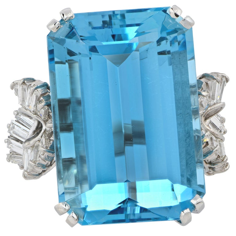 Post-War Boucheron Paris 34.42 Carat Aquamarine and Diamond  Platinum Ring For Sale