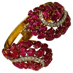 Boucheron, Paris Carved Ruby and Diamond Bangle Bracelet in Platinum and Gold