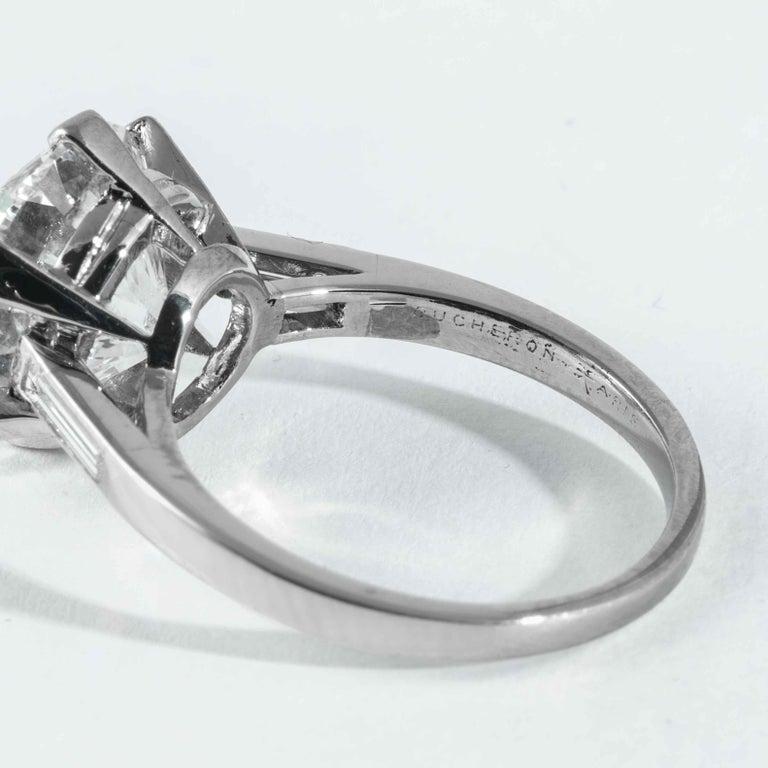 Boucheron, Paris Gia Certified 5.69 Carat I VS2 Round Brilliant Diamond Ring For Sale 1