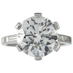 Boucheron, Paris Gia Certified 5.69 Carat I VS2 Round Brilliant Diamond Ring