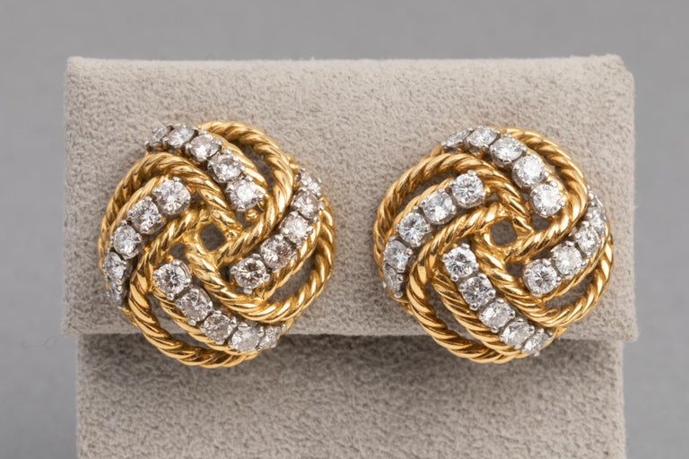 Boucheron Paris Gold and Diamonds Clip Earrings In Good Condition For Sale In Saint-Ouen, FR