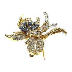 Boucheron Sapphire and Diamond Flower Brooch Pin in Yellow Gold, Large