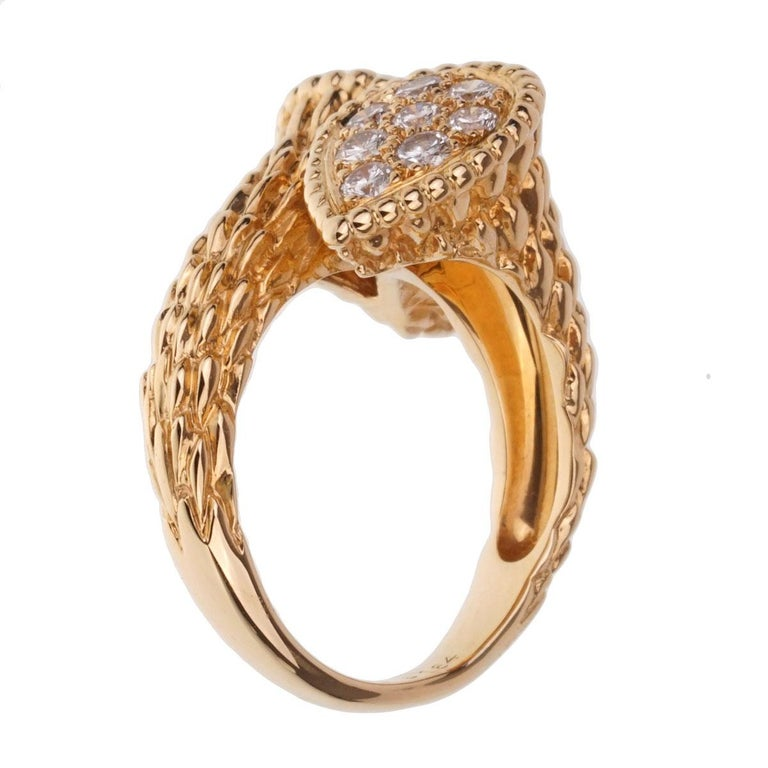 Round Cut Boucheron Serpent Boheme Toi et Moi Diamond Gold Ring