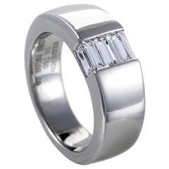 Boucheron Womens 18 Karat White Gold Diamond Baguette Band Ring
