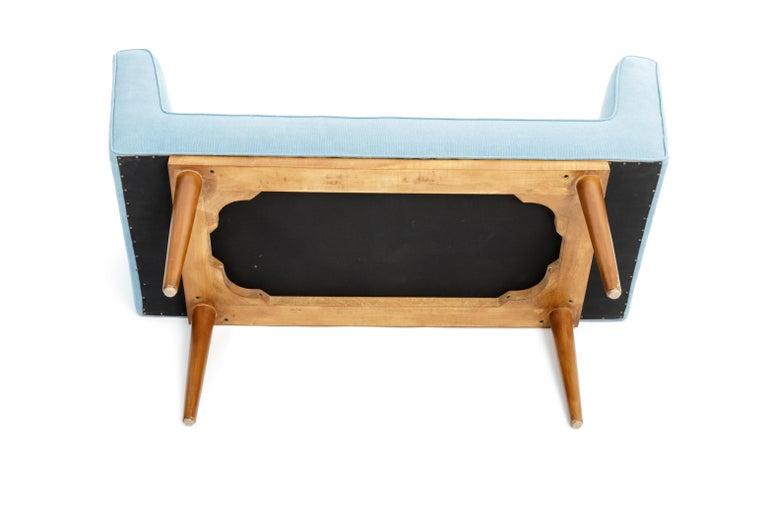 Mid-Century Boudoir Bench Upholstered in a Denim Blue Linen For Sale 5