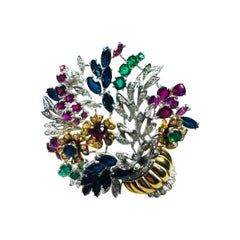 Bouquet of Flower Brooche in 18 Karat Gold and Emerald Ruby and Sapphire Flowers