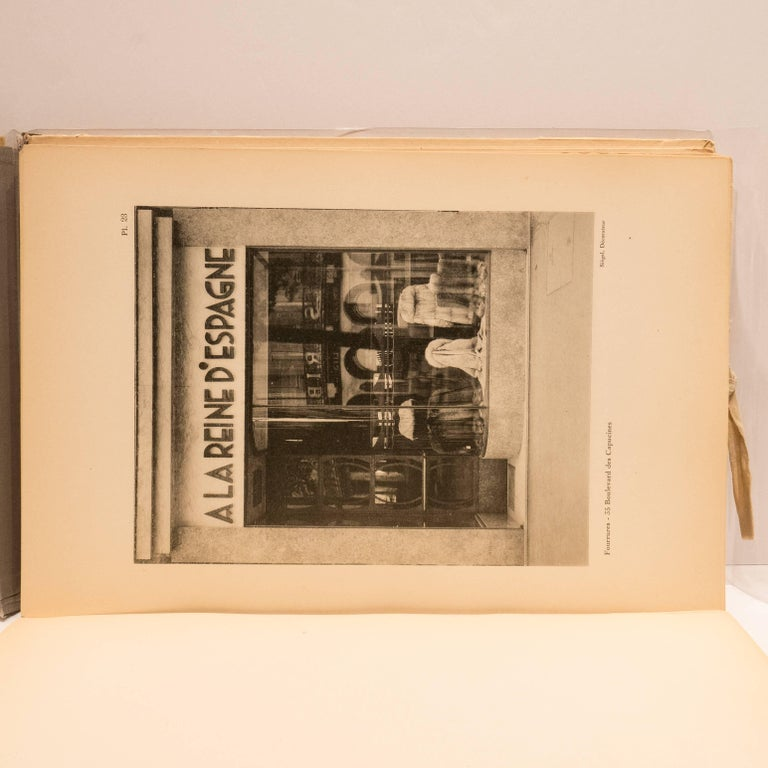 Boutiques 1929 Book, Paris In Good Condition For Sale In New York, NY
