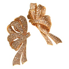 Bow Earrings with 12.45 Carat Diamonds