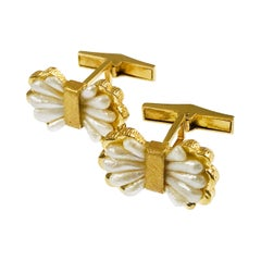 Bow-Shaped Pearl Gold Cufflinks