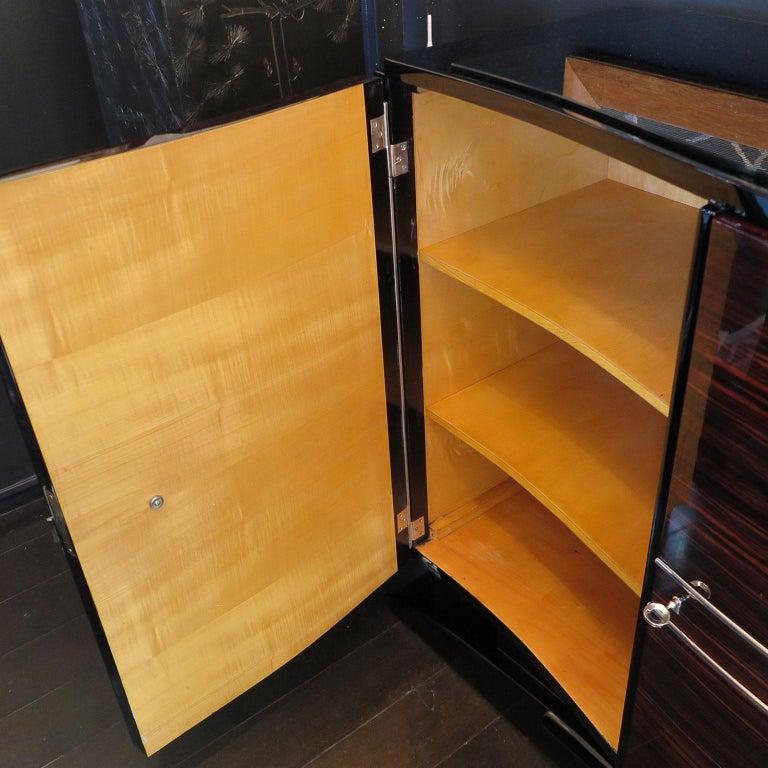 Bowed Art Deco Sideboard in Macassar with Original Nickel Hardware For Sale 2