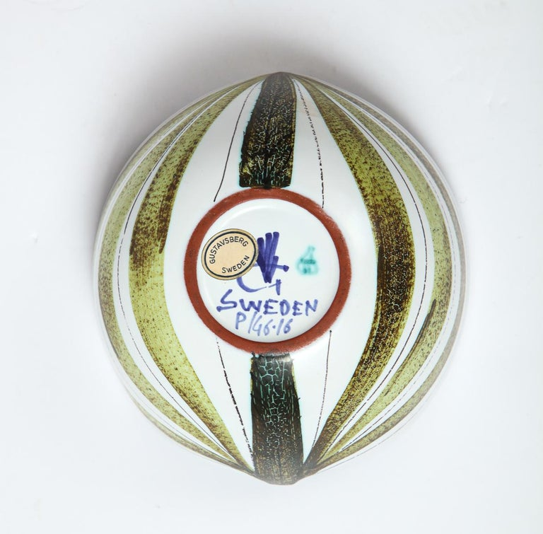 Faience Bowl by Stig Lindberg, Sweden, circa 1950 For Sale